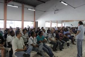 SINDECTEB realiza encontro com diretores e delegados