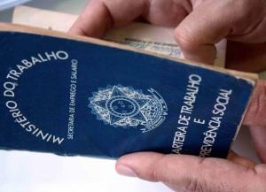 Correios lança Programa de Demissão Voluntária (PDV)  2013-2014