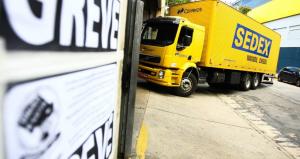 Saiu na Mídia – Correios abandonam negociação com TST e categoria ameaça parar
