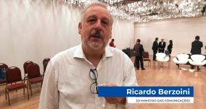 Ex-Ministro das comunicações defende Correios, união da categoria e o Sindicato